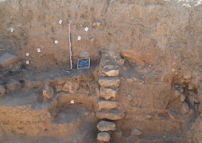 Hanan Charaf - Tell Douris, Bekaa Valley, Lebanon, 2018. Building with destruction level. Middle Bronze Age I. DGA. Photo: Hanan Charaf.