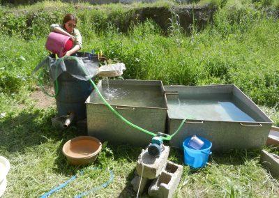 Carolyne Douche - Arbil (Northern Iraq), April 2019 - Processing archaeobotanical samples from Lashkir (flottation).