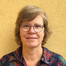 Barbara Helwing